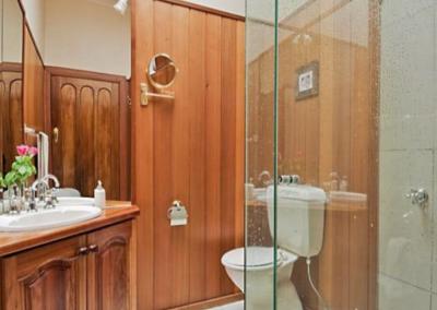 Bathroom Bentleigh