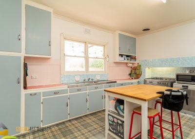 Large retro style Kitchen with S/S appliances